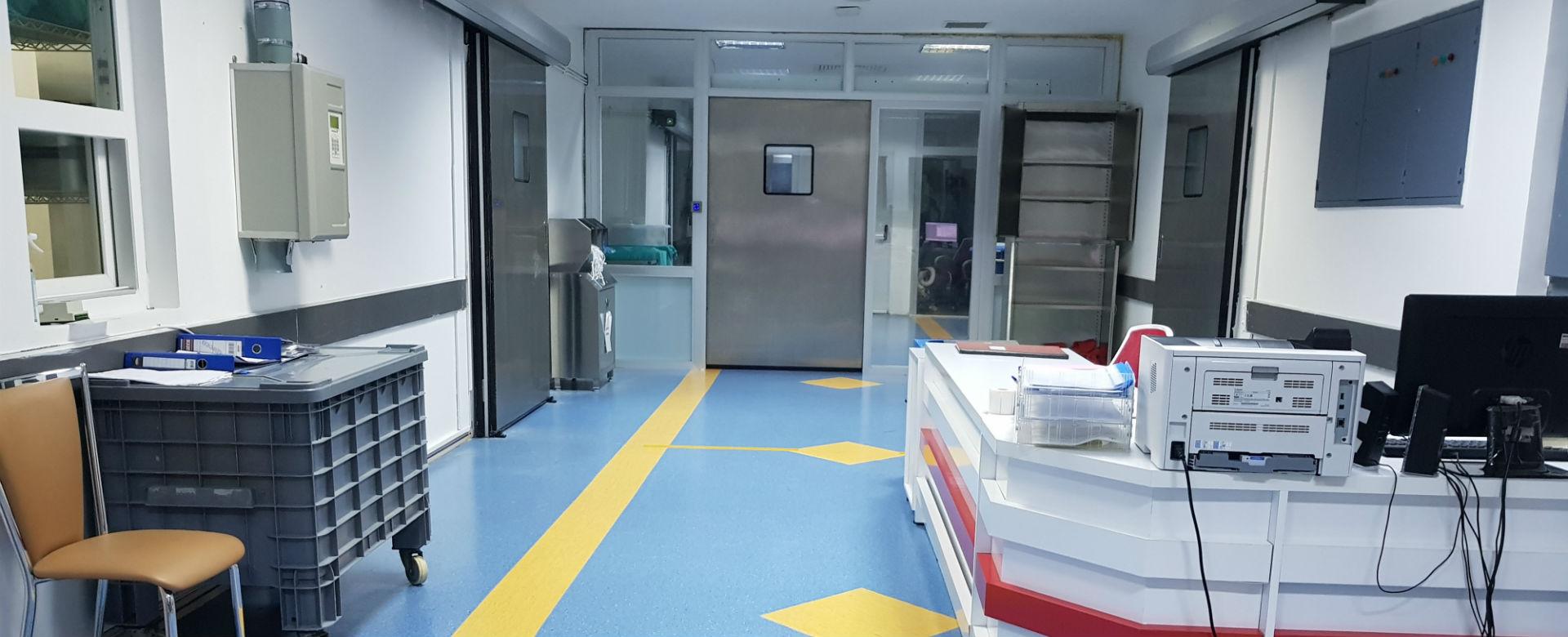 Hermetik Ameliyathane kapıları